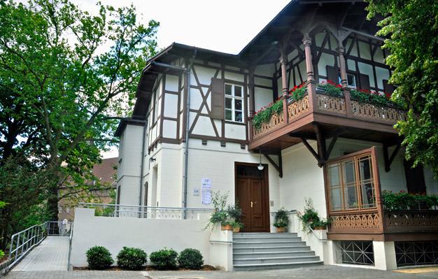 haus grund berlin tempelhof immobilien vermieten verwalten erhalten mitgliederversammlung. Black Bedroom Furniture Sets. Home Design Ideas